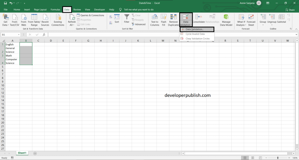How to create drop-down calendar in Excel?